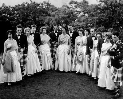 Шотландские бальные танцы. Историческое фото.