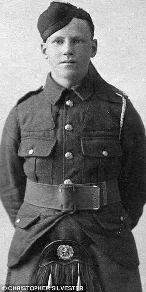 Виктор Сильвестр в 14 лет отправляется в армию (Victor Silvester at 14 joined the Army).